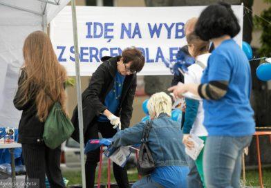 Wyborcza Lublin: Koszulki w serca dla Unii Europejskiej. Akcja na Litewskim