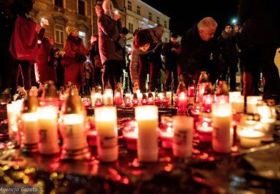 Wyborcza Lublin:  Serce dla Pawła Adamowicza. Lublinianie uczcili rocznicę śmierci prezydenta Gdańska